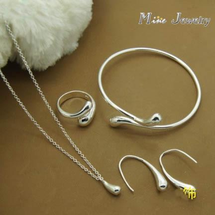 2015 Heißer Verkauf 925 Silber Schmuck Sets Halsketten Armbänder Ohrringe Schmuck Sets Für Valentinstag Geschenk ZuverläSsige Leistung