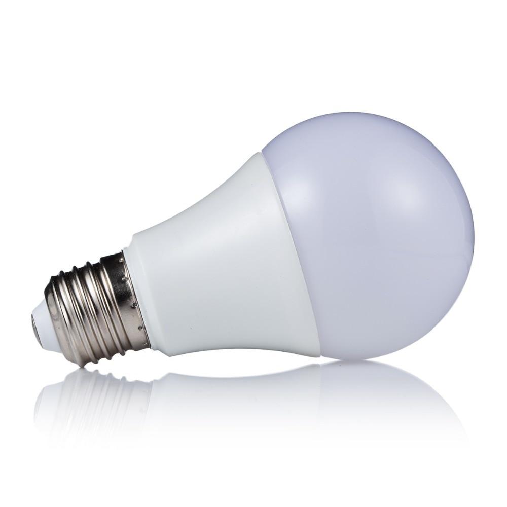 5W LED RGB Light E27 RGB LED Lamp 110V 220V LED Bulb SMD5050 Holiday Decoration 16 Colors Change With IR Remote Controller LEED rgb led lamp spotlight mr16 4w led rgb light 8 24v led bulb high power home decoration lighting 16 colors ir remote controller