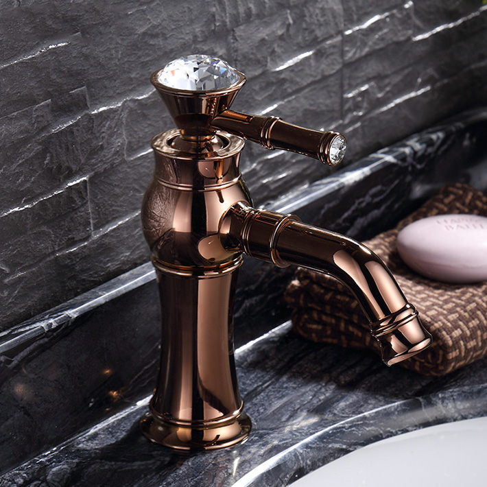 Rose Gold Copper Hot And Cold Counter bathroom faucet  Basin mixer water tap Single Hole crystal handle Rose ouro torneiraRose Gold Copper Hot And Cold Counter bathroom faucet  Basin mixer water tap Single Hole crystal handle Rose ouro torneira