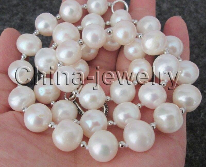 Collier de perles deau douce rondes blanches naturelles de 23 12-14mmCollier de perles deau douce rondes blanches naturelles de 23 12-14mm