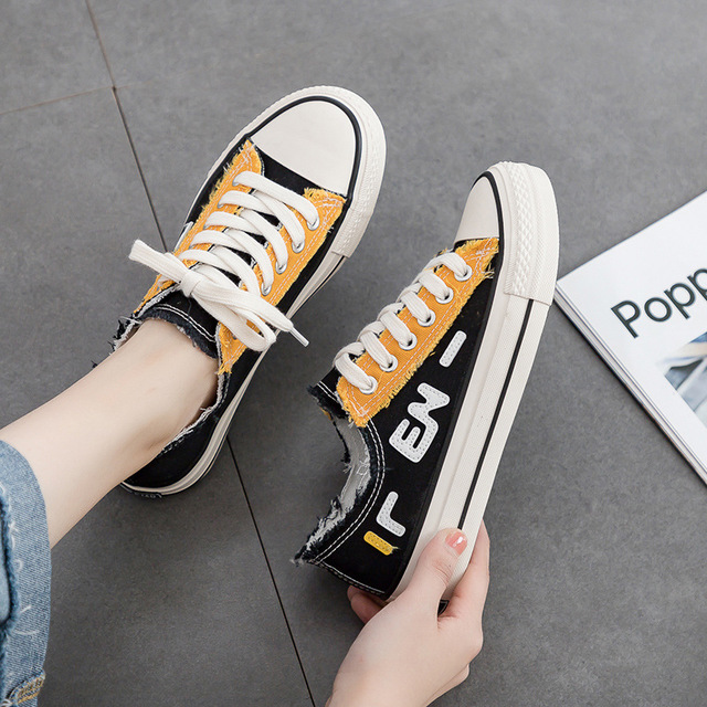 High-top canvas shoes female 2019 new casual shoes letters hip-hop red and blue two-color wild shoes 1970 sHigh-top canvas shoes female 2019 new casual shoes letters hip-hop red and blue two-color wild shoes 1970 s