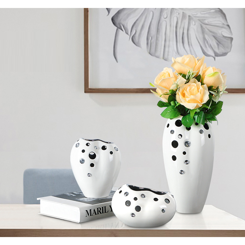 Desktop mini white flower china porcelain mariage home tabletop vase Wedding living roon office decoration Gift for friends in Vases from Home Garden