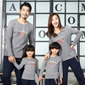 2017 Fall Winter Family Look Long Sleeve Fleece T-shirts Dad Mom Son Sweatshirts household clothing factory direct