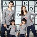 2017 otoño invierno de la familia look de manga larga fleece camisetas papá mamá hijo sudaderas hogar clothing factory direct