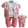 2015 nueva ropa del bebé niña de la capa + camiseta + pantalones 3 unids en 1 traje retai otoño invierno Warml ropa de niños