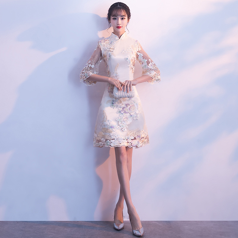 Vintage Mandarin Collar Cheongsam Traditional Oriental Women Evening Gowns Elegant Lace Flower Bride Wedding Dress Noble Qipao