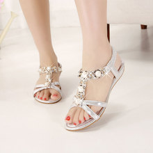 Nice new women shoes flats women sandals shoes women bohemia pearl open toe rhinestone gladiator 22-61 plus size Fashion