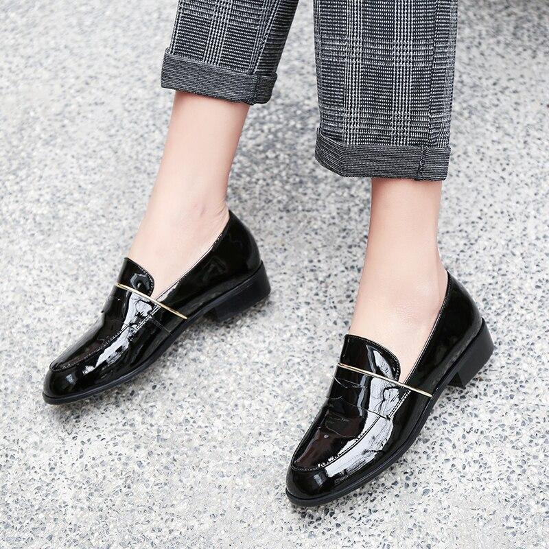Cuir Bateau On Véritable 2019 vin Femme Rouge Dames 40 Noir En D802 Femmes De Mode Métal Casual Slip 34 Chaîne Taille Chaussures pqY4Ppn