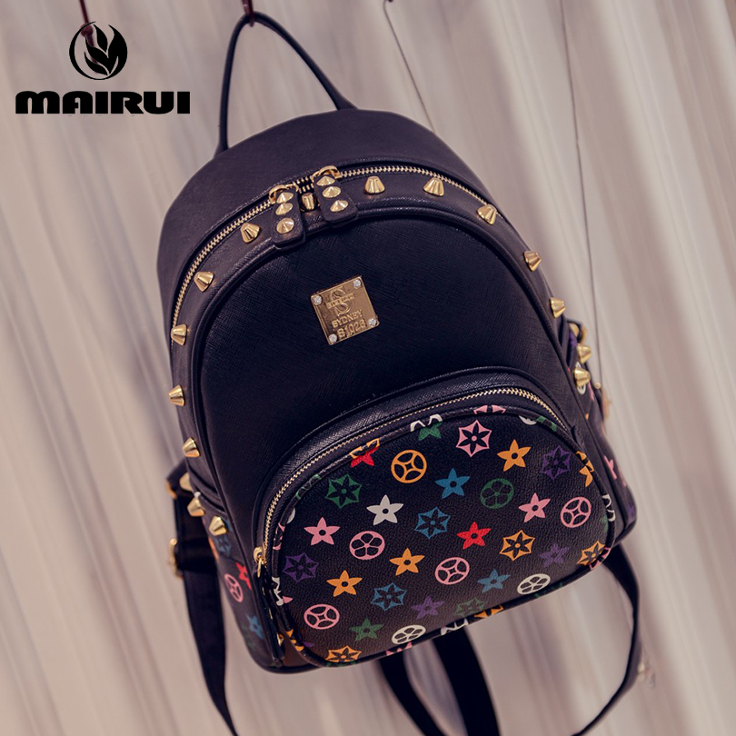 2016 New Hot PU Leather Backpack Female Novelty Women Girl Middle School Students Bag Solid Rivet