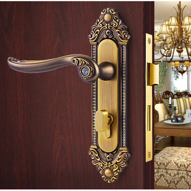 Beautiful Golden Crystal Diamond Knob Locks High Grade Wood Door Handle Locks Bedroom  Door Interior Lock European Indoor Mute Handle Locks