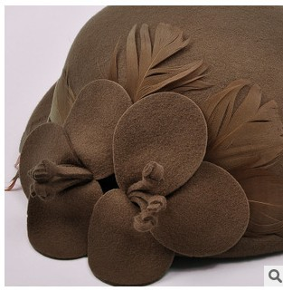 fe92dea5430 Big flower beret wool in winter trilby hat of England female elegant winter  hats fedoras wholesale