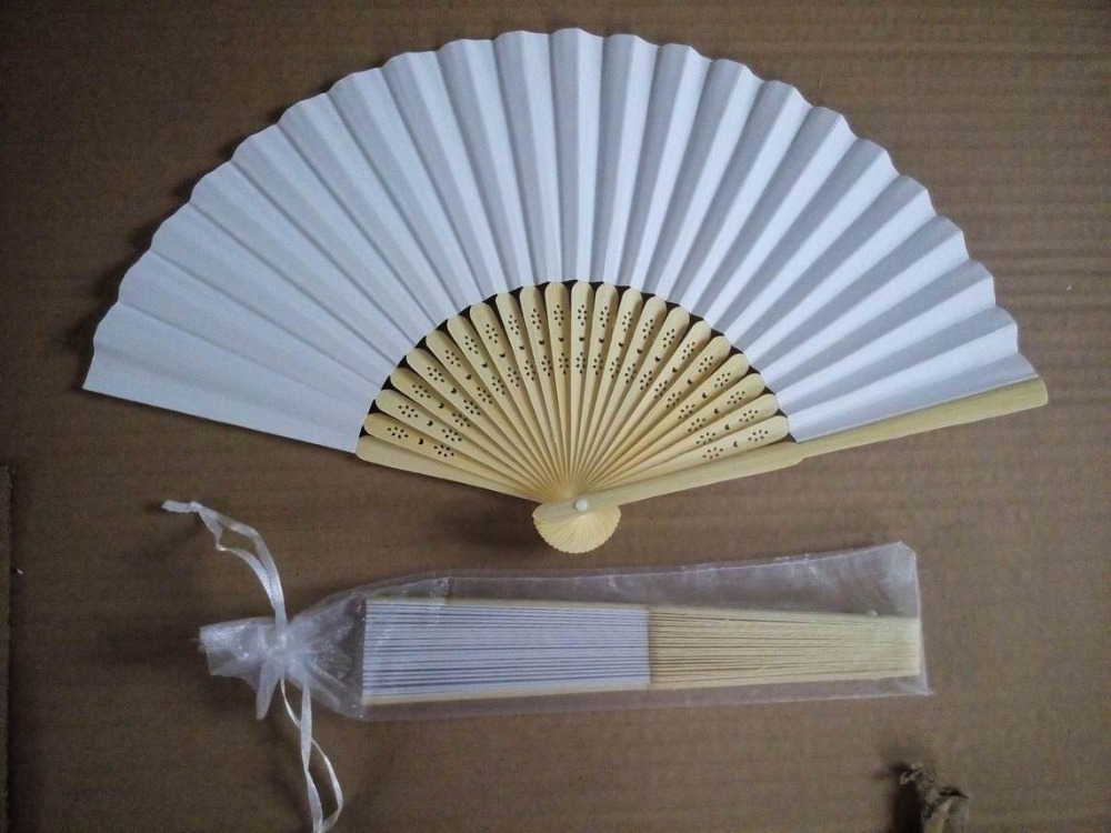 Free shipping Hot saling 100 pcs lot White Folding Elegant Paper Hand Fan with Gift bag