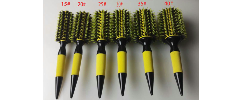 1Pcs Free Shipping Wooden Hair Brush With Boar Bristle Mix Nylon Styling Tools Professional Round Hair Brush GIC HB505-in Combs from Beauty & Health