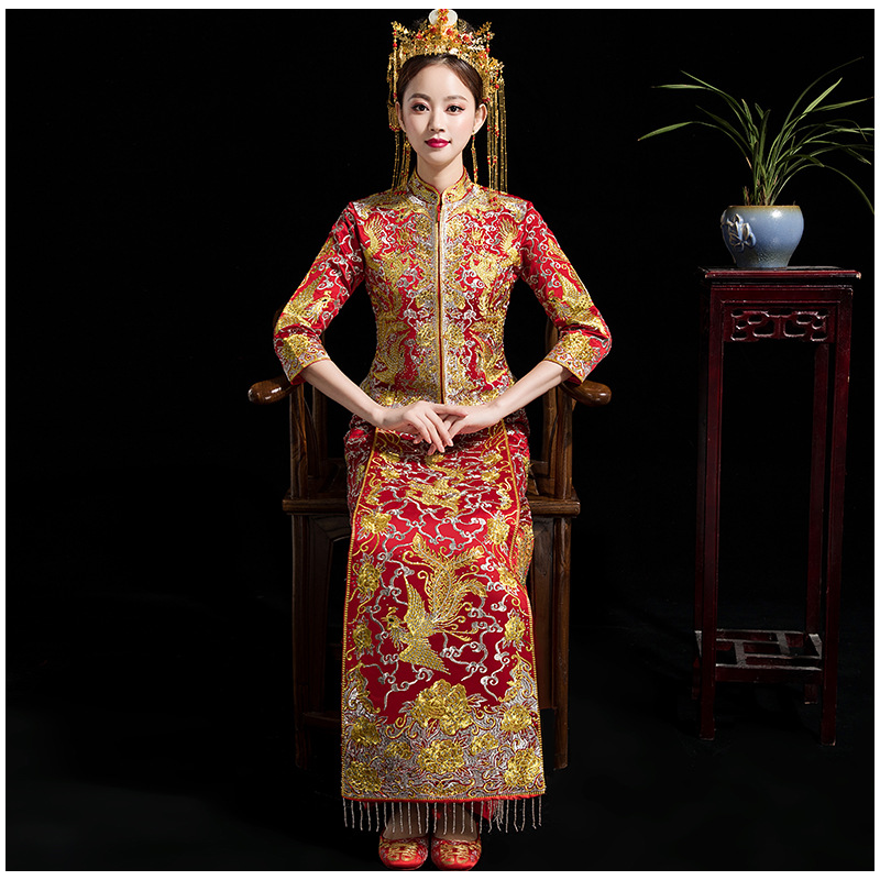Traditionnel chinois mariage strass robe gland Cheongsam robe Vintage Qipao Vestido chine Robes Robes Oriental en gros