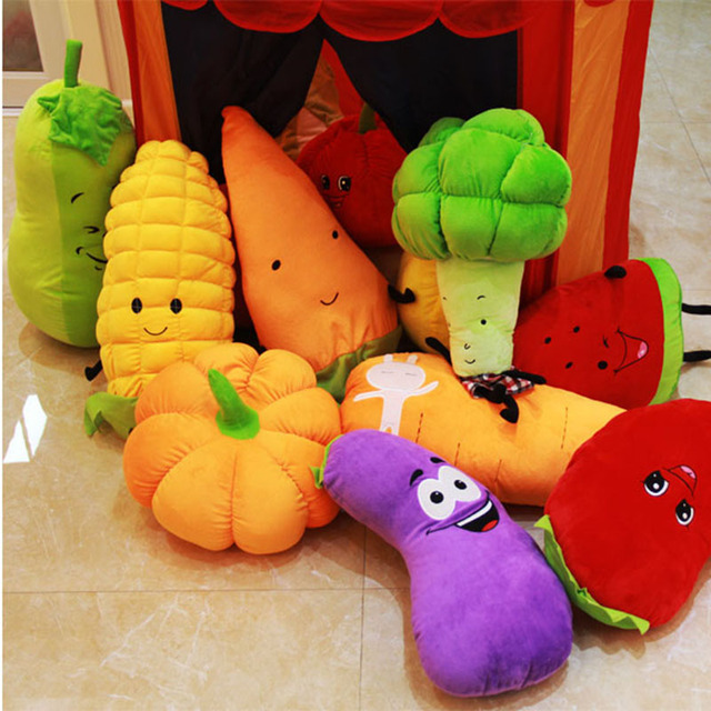 Vegetables and fruits cushion
