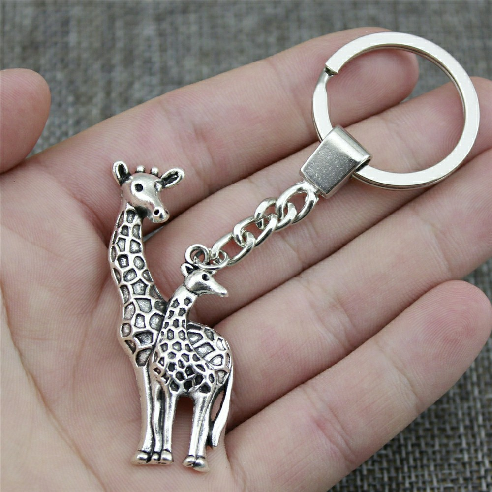 New Fashion Keychain 2 Colors Antique Bronze Antique Silver Color 54x22mm Giraffe Pendant Key Chain Ring Holder Dropshipping