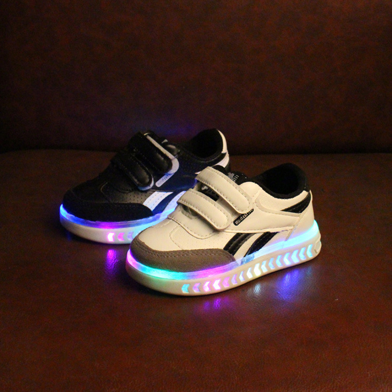 2018 hot sales LED colorful kids shoes Fashion baby sneakers high quality Casual boys girls shoes spring autumn baby shoes