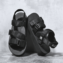 SUROM Summer Beach Flats Sandals Men Shoes Casual Outdoor Fashion Comfortable Lightweight Gladiator for Black New