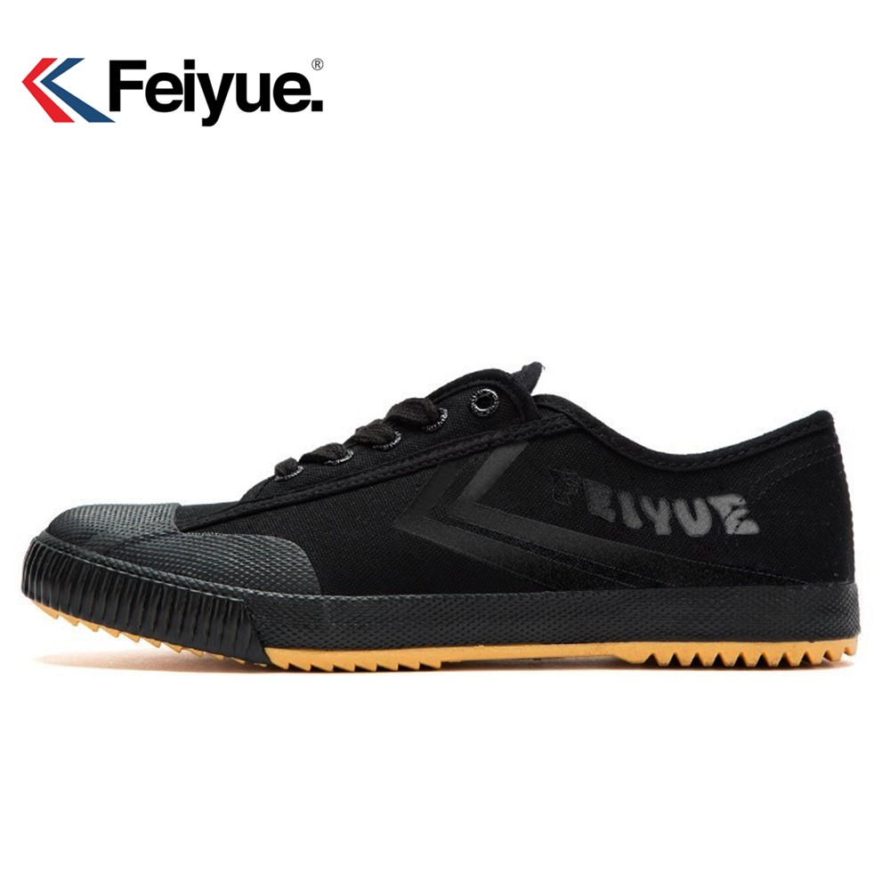 Feiyue Martial arts Tai chi Taekwondo Wushu Karate Footwear Sports Training Sneakers popular and comfortable Improved version