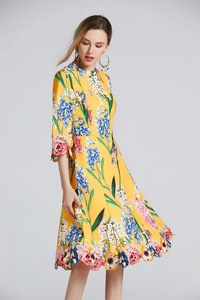 High quality embroidery half sleeves drerss 2019 spring runways floral print elegant dress D826