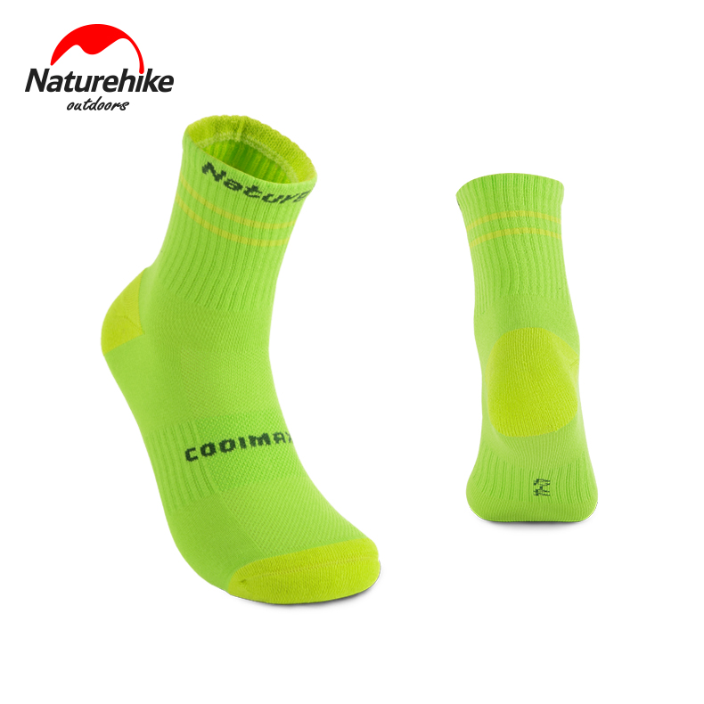 2017 August New Naturehike Outdoor socks Men women trekking basketball hiking sock Coolmax Sweat-absorbent sports Running Socks