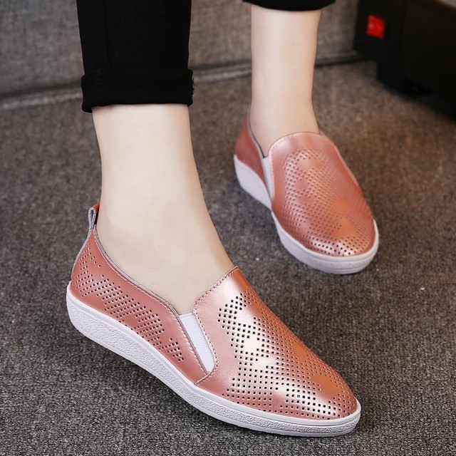 2017 Genuine Leather Flat Women Casual Slip on Shoes Boat Comfortable Soft Flat Hollow Out Ventilation Fashion Printing