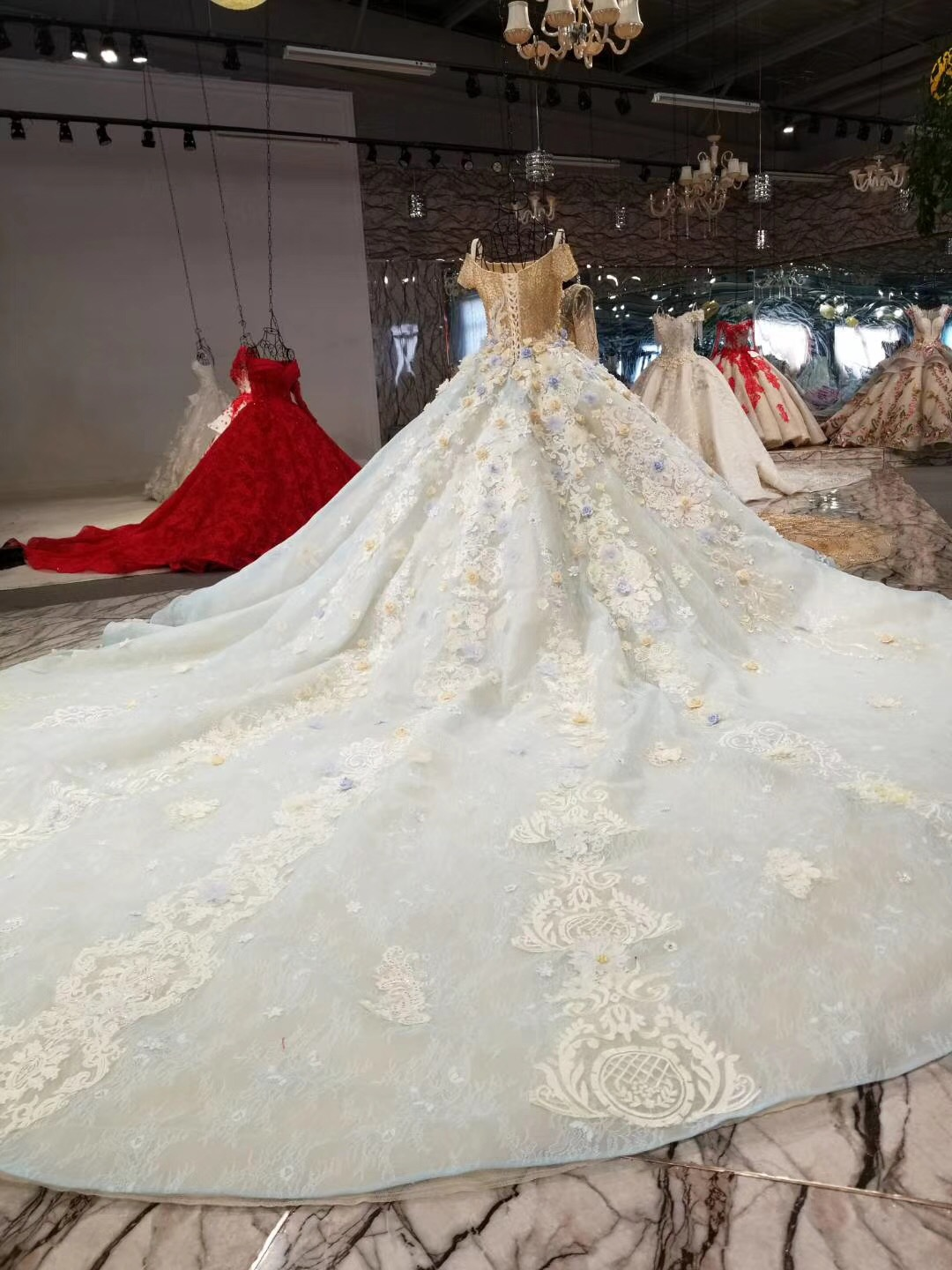 Hot Sale Special Lace Design Wedding Dress Blue And Ivory Color Bridal Gown Short Sleeve Wedding Gown Factory Directly Ball Gown in Wedding Dresses from Weddings Events