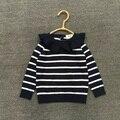 2017 primavera y otoño nuevo estilo de los bebés de rayas suéter de punto del suéter de los niños niños de la manera del volante lindo suéter