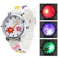 1pc Lovely Children Blinking Silicone Lights kids student Watches LED Flower Quartz Wristwatches Cartoon Table round analog H5