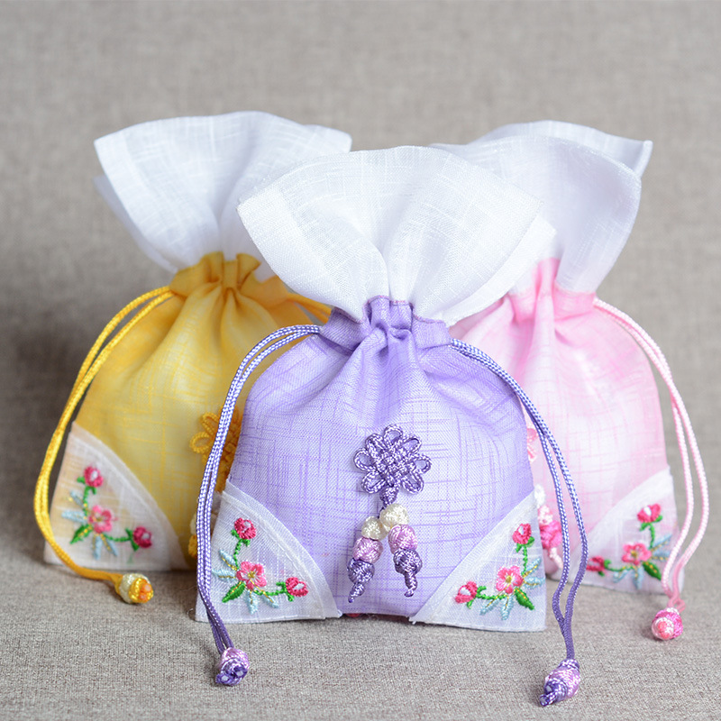 Korean Traditional Silk Embroidery Herb Aromatherapy Jewelry Bag Silk Brocade Pouches Gift Bag