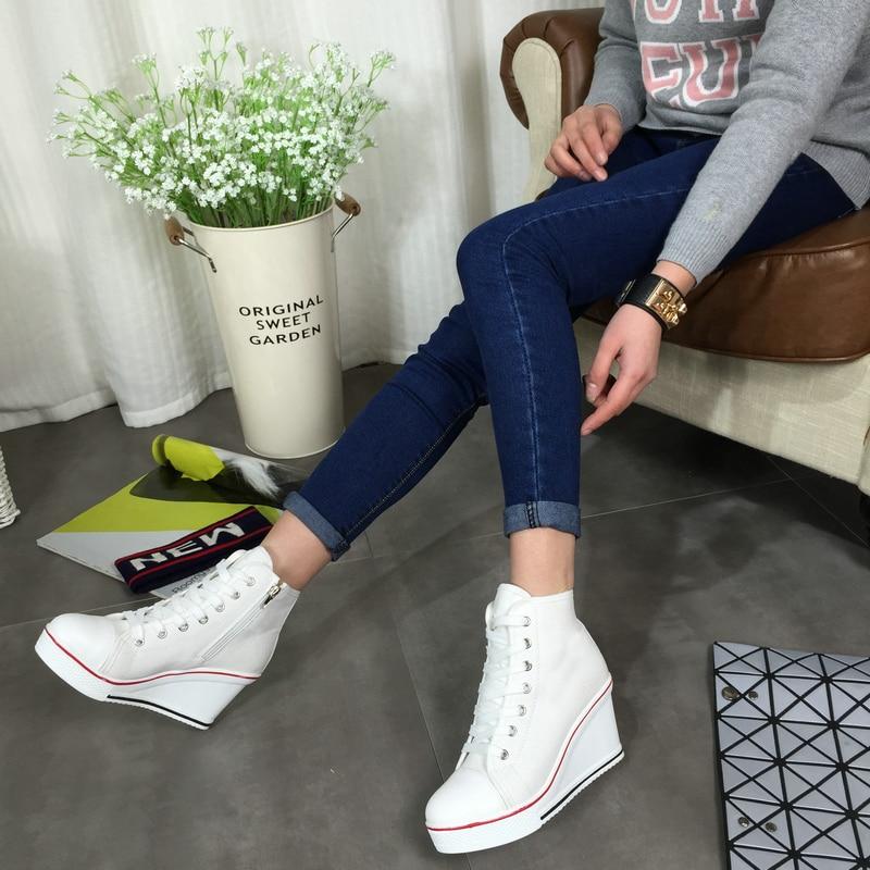 Envío gratis 2016 Insignia Cuñas High Lacing Casual elevador - Zapatos de mujer - foto 5