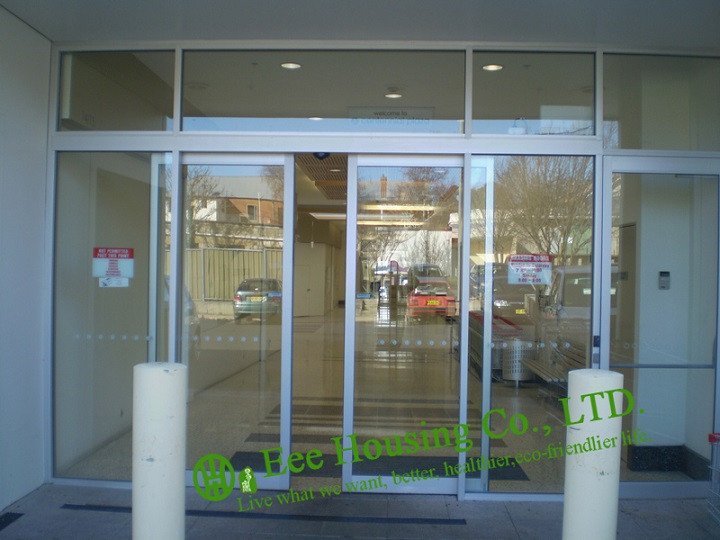 Automatic Sliding-Doors (1)