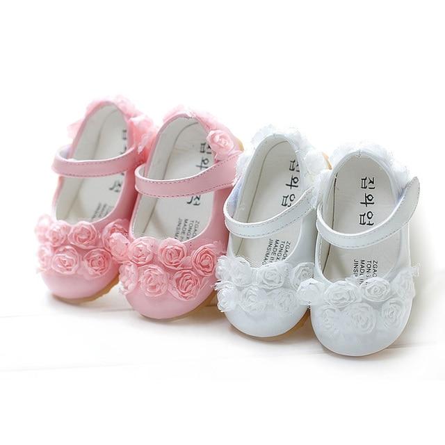 82cbd1d00454b3 Nouvelle 2015 printemps Chaussure bébé fille sandlas chaussures arc  princesse floral enfants toddler enfants filles chaussures