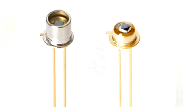1pcs Silicon Photodiode Silicon Photocell Chip 1.3*1.3mm TO-18 Package Linear Photodetector SG-1226-18BK SG-1226P Si Photodiode