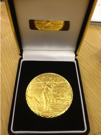 VELKOOBCHOD GOLF MEDIÁLNÍ NEJLEPŠÍ KVALITA TĚŽKÁ HMOTNOST GOLFOVÁ MEDAILA V OBCHODNÍ BOXOVÉ HORKÉ PRODEJI šampionát medaile levné vlastní zlaté mince