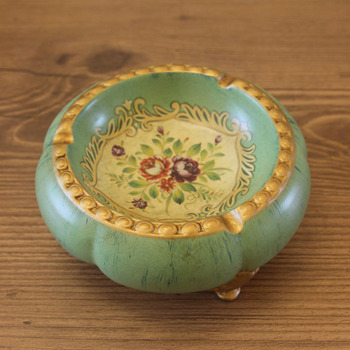 ceramic ashtray Europe type restoring ancient ways do old tea table decoration decoration products Small fruit dish