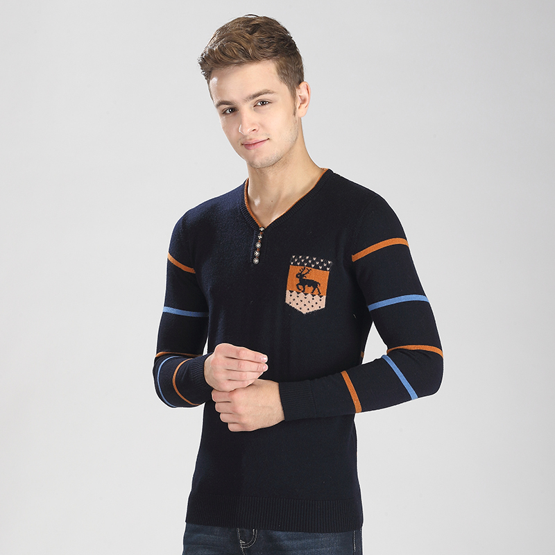 Newest arrival fashion stripes men cashmere v-neck knit sweater, men knit wool pullover sweater with deer