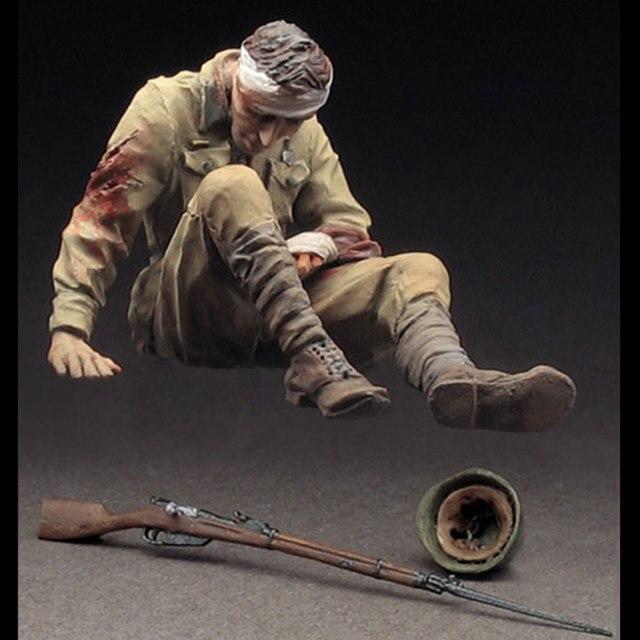 Escala 1:35 cena soldado figura da resina modelo SEGUNDA GUERRA MUNDIAL militar de infantaria feridos vermelho venda quente