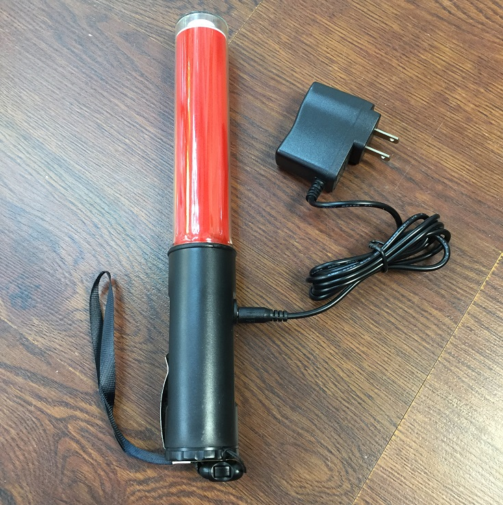 26CM Long Charging Style Outdoor Flashing Safety Mulit- Functional LED Traffic Flashlight Baton Magnet At The Bottom