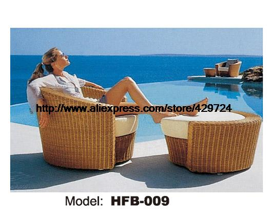 Hot Sale Holiday Beach Lying Sofa Bed Rattan Chaise Longue Lying Chair Terrace Sun Lying Chair Ottoman Bed Swing Pool Furniture