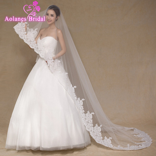 3 Meter White Ivory Cathedral Wedding Veils Long Lace Edge Bridal Veil with Comb Wedding Accessories Bride Mantilla Wedding Ve