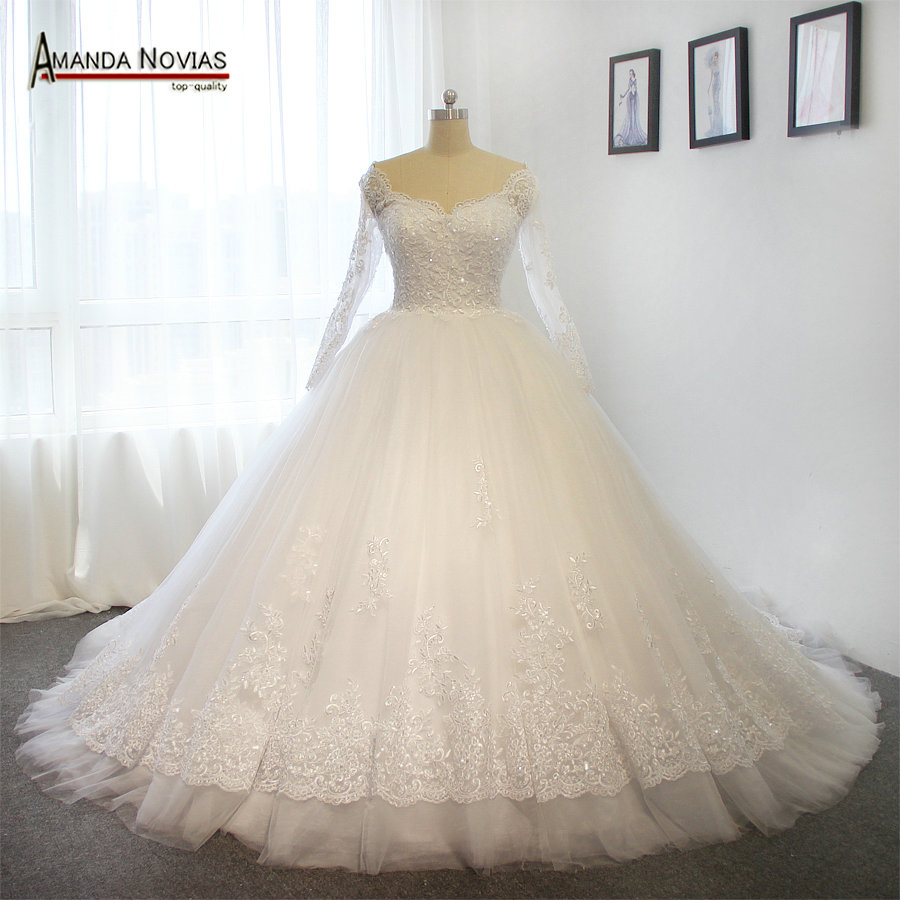 Snow White Lace Wedding Dress With Lace Up Back-in Wedding Dresses ...
