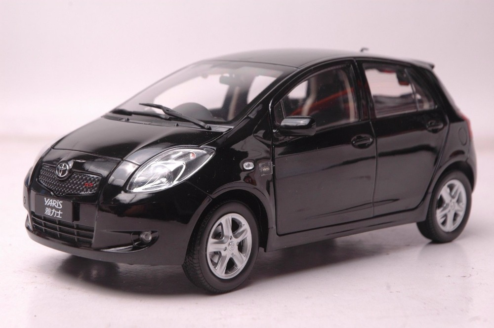 цена на 1:18 Diecast Model for Toyota Yaris 2008 Black Alloy Toy Car Miniature Collection Gifts