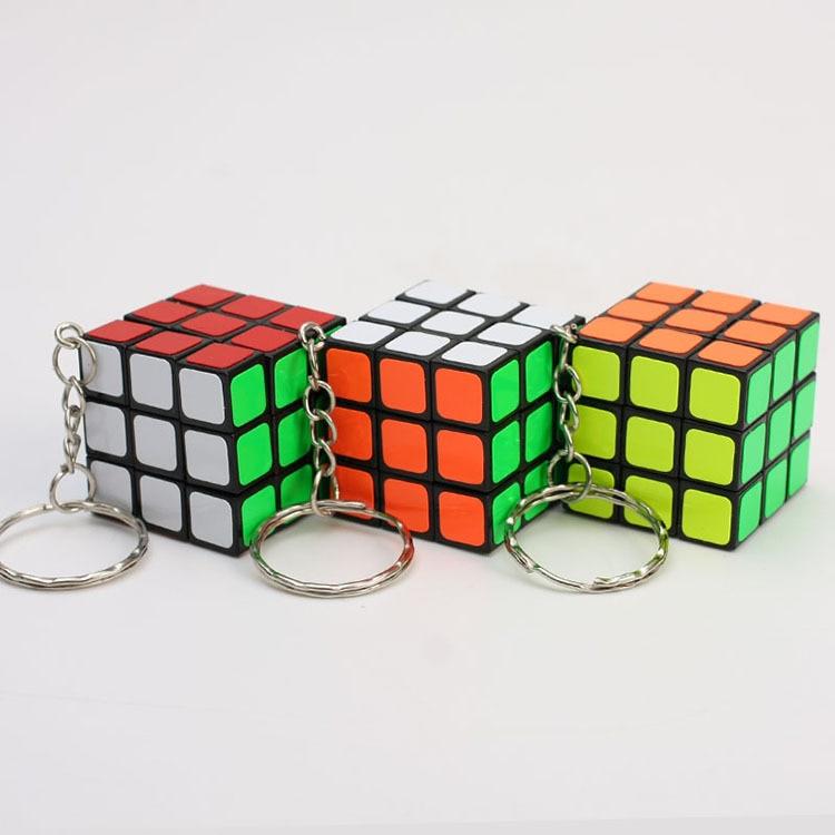 Magic Cubes Keychain 3x3x3 3CM Magic Cubes Pendant Twist Puzzle Toys For Children Gift Magic Cube