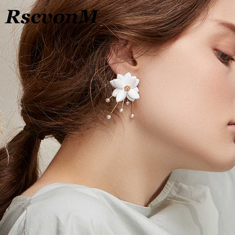 RscvonM Bride Earring Fashion Two Petal Pearl Combination Earrings Stud Sweet Lady Women Flower Tassel Earring Girl Jewelry Gift