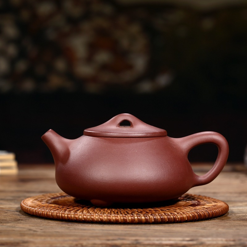 Yixing ores are recommended by the manual pot wholesale stone gourd ladle pot kung fu tea shop agents to join usYixing ores are recommended by the manual pot wholesale stone gourd ladle pot kung fu tea shop agents to join us