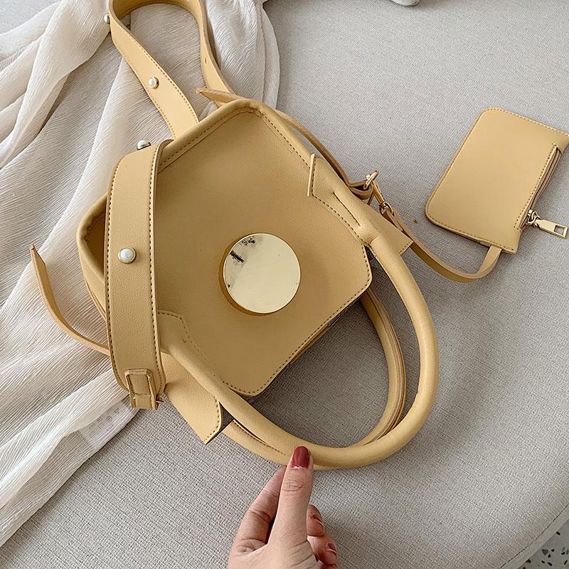 Baggage Girls 2019 New Korean Version Westernized Hand-held Small Square Bag Fashion Baitie One Shoulder Slant Bag