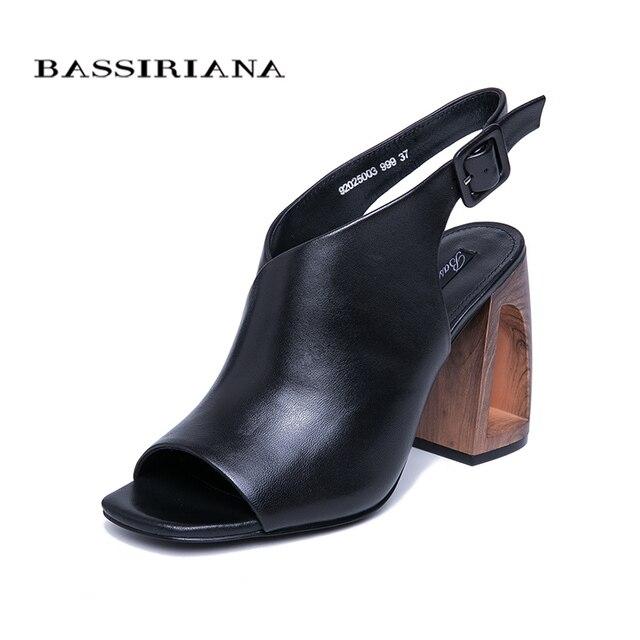 BASSIRIANA/Новинка 2019 года, уникальный стиль, Босоножки на каблуке, женские кожаные летние черные босоножки с ремешком сзади, Размеры 35-40, бесплатная доставка