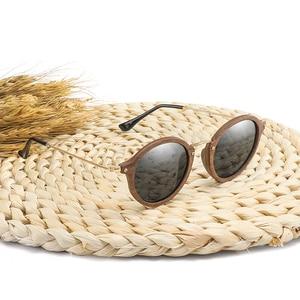 Image 5 - Ультралегкие поляризационные солнцезащитные очки для мужчин и женщин в круглой деревянной оправе с линзами CR39