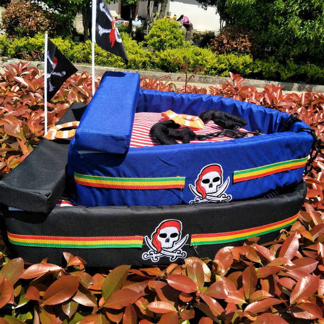 Pet Dog Bed House Cool Pirate Ships Modeling Dog House Kennel Bed Mat Sofa Pet Cat Bed For Small Medium Cat Dogs